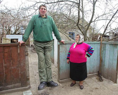 最も身長が高い人間ギネス記録者