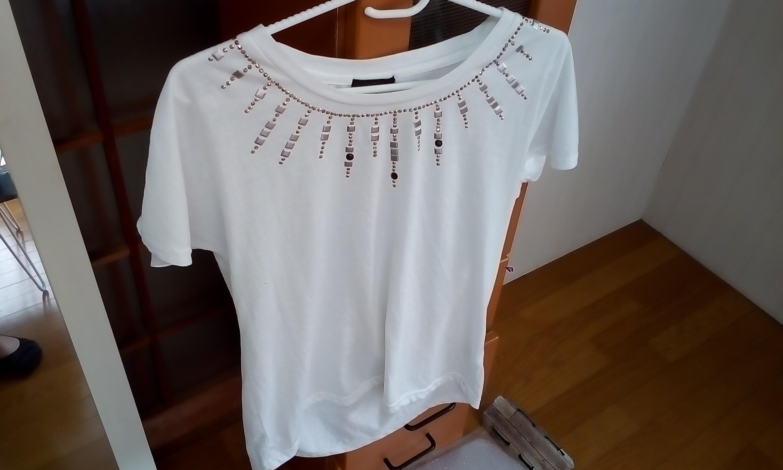 胸元 シンプル 激安 Tシャツ