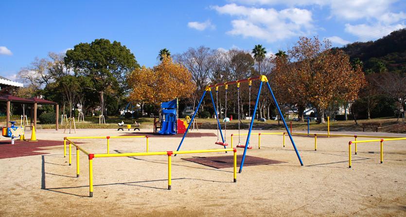 面白い遊具が公園にある
