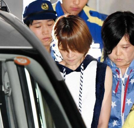吉澤ひとみ逮捕 留置延期