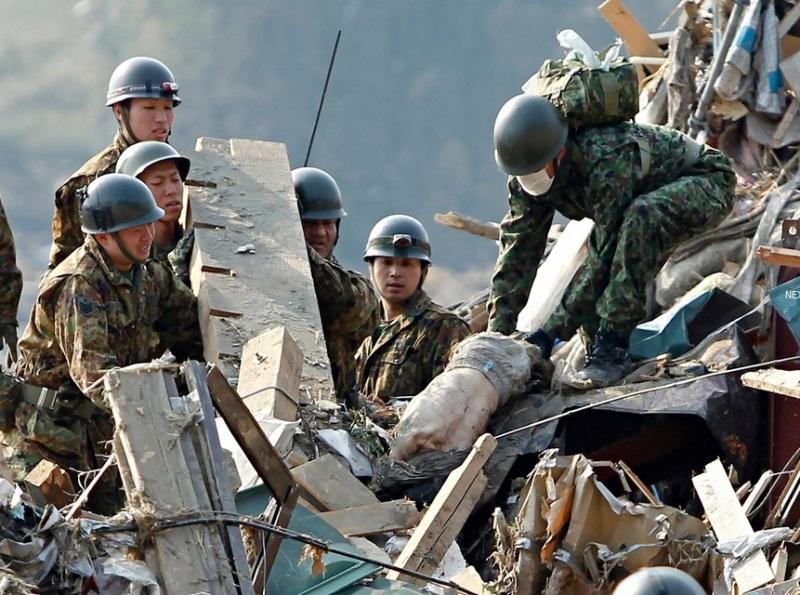 東日本大震災 生存者 発見