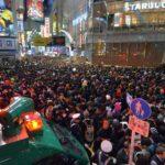 【どうしよう】渋谷区に『ハロウィン禁止しろ!』苦情が300件➝区幹部『勝手に集まるんです』と困惑している模様www