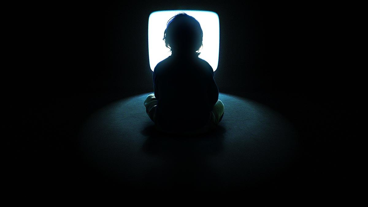 【恐怖】一人暮らしの女性、深夜ゲーム中に突然電気が消える➝ブレーカーを見に行くとそこにうあぁぁぁ~!