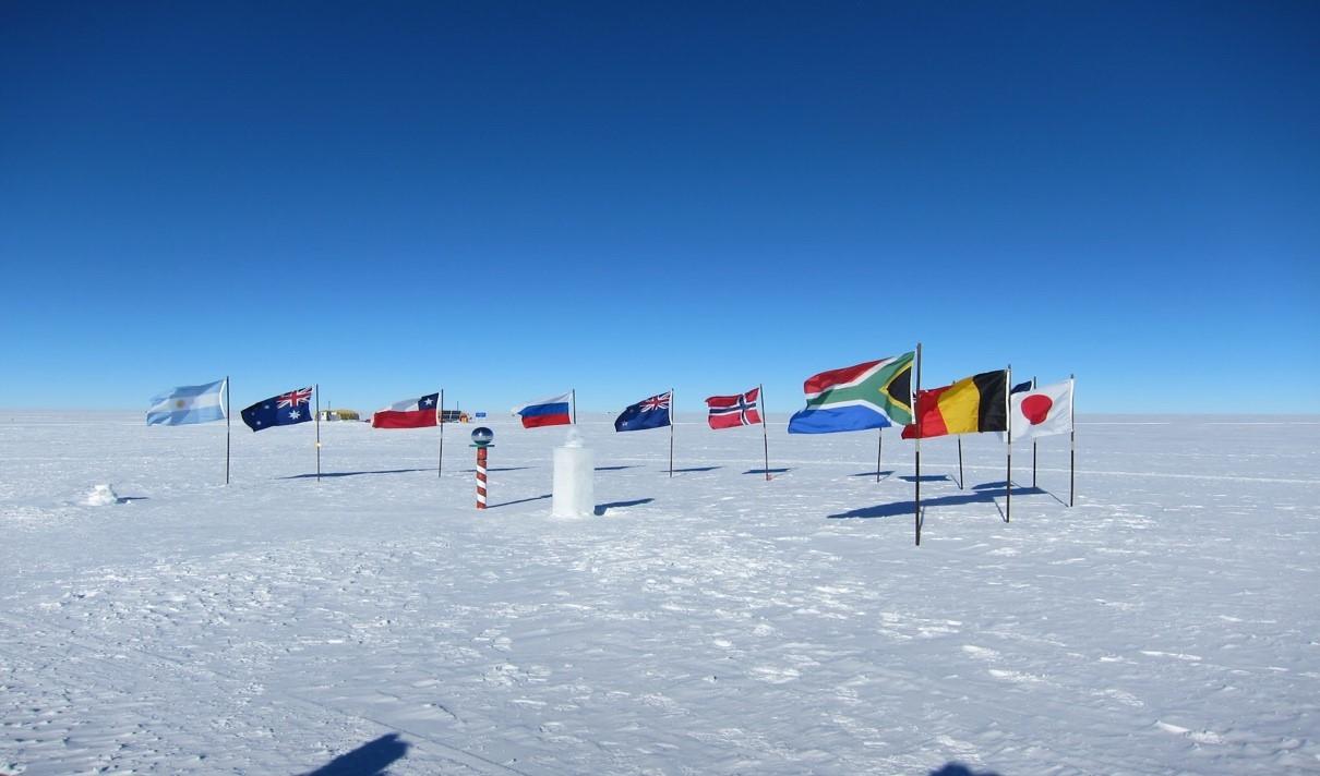 南極捜査 世界各国