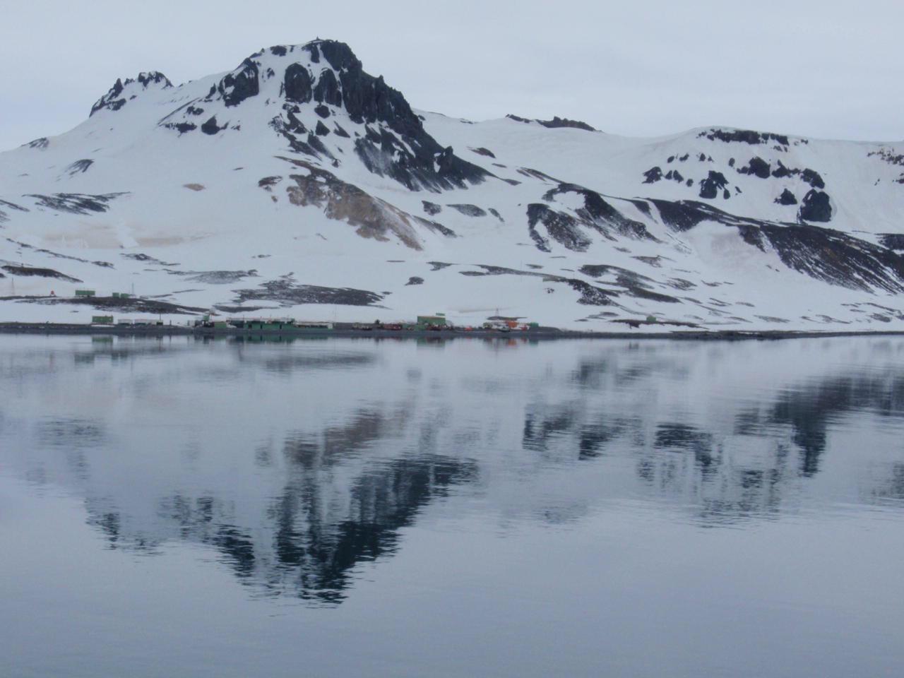 南極 アストラン