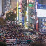 【渋谷ハロウィン】下半身丸出し男、スリや痴漢、警察を殴る男まで現れて最終7名の逮捕者を出し終劇!!!渋谷ハロウィン 逮捕者7名へ