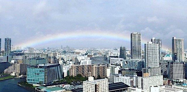 即位礼正殿の儀 皇居に虹がかかる